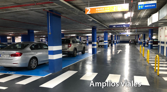 Amplios viales parking